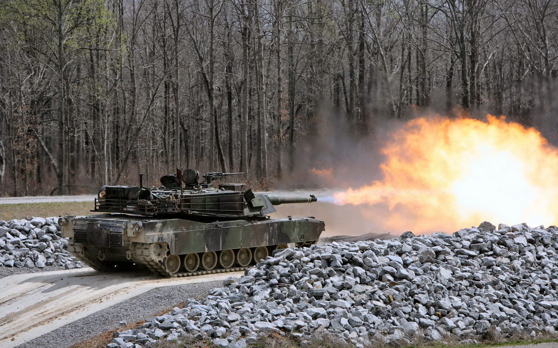 Современный танк США Абрамс