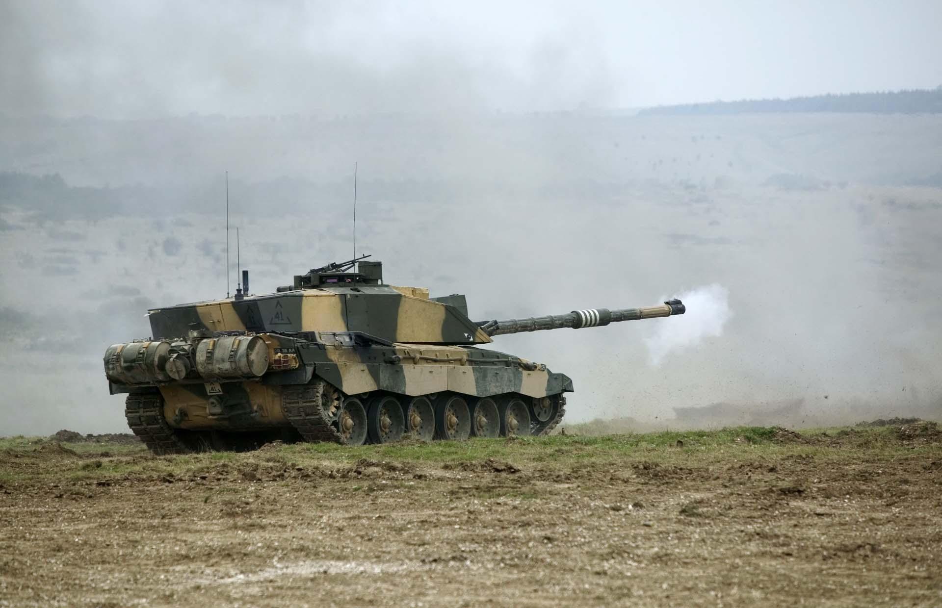 Современный танк Челенджер 2 Challenger 2