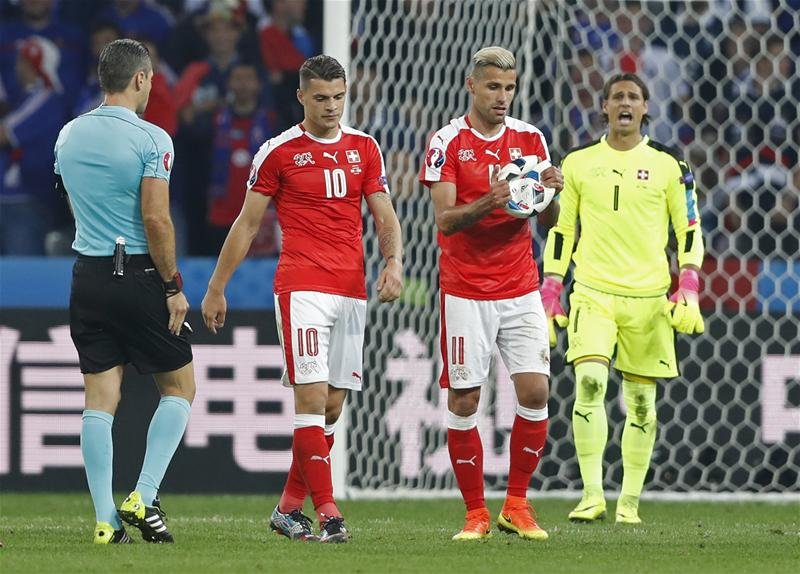 Швейцария Франция Мяч