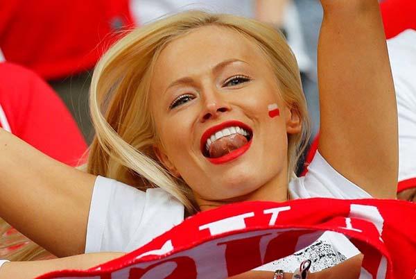 красивые польские болельщицы