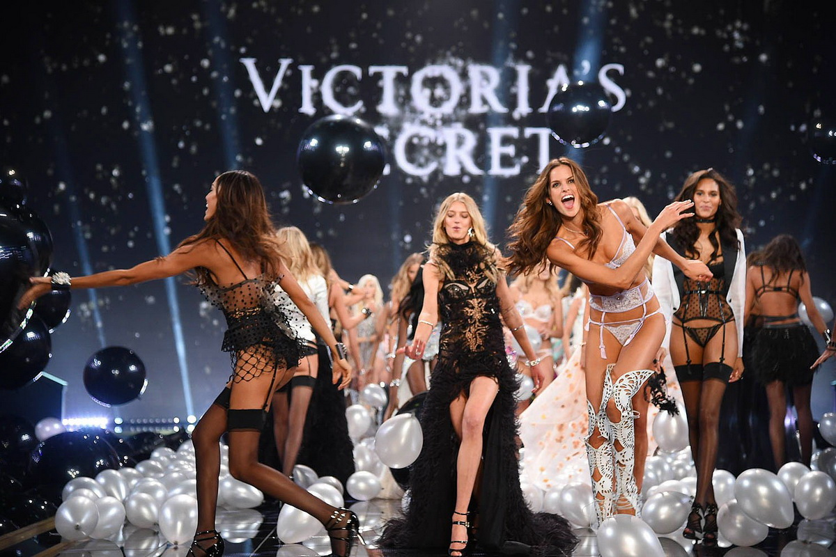 ангелы Victoria's Secret Fashion Show