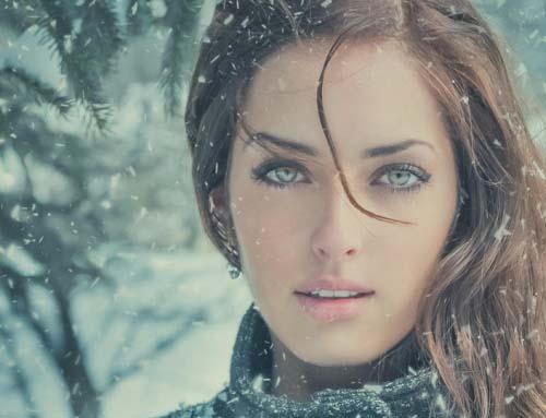 Зима и красивые девушки (HD-обои)