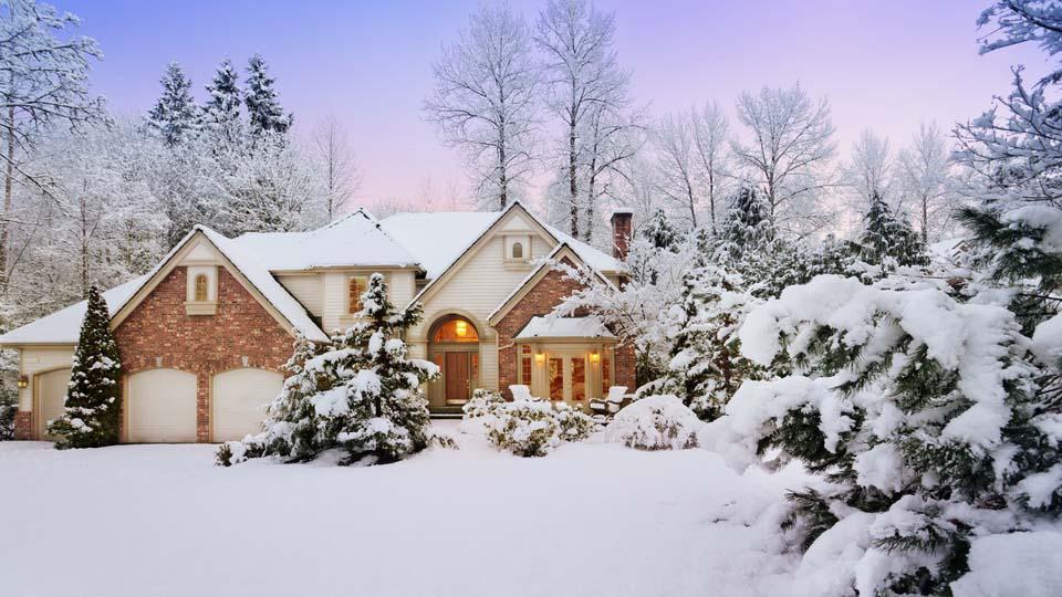 обои заснеженные дома