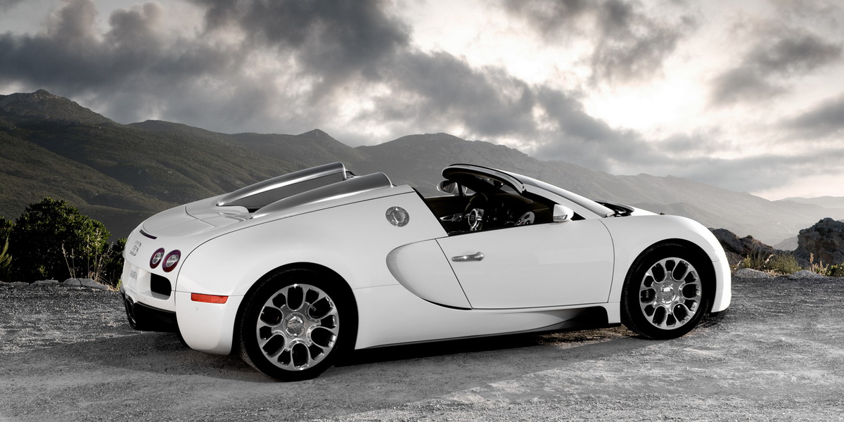 Гиперкар Bugatti Veyron