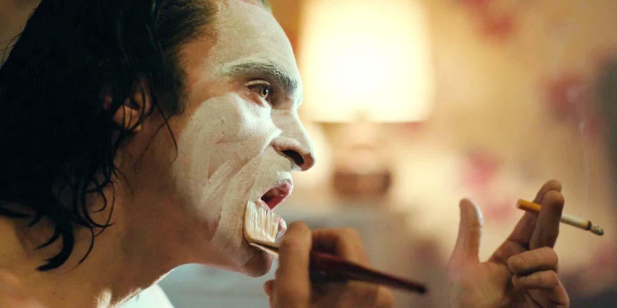 """Фильм """"Джокер"""" (2019) - Русский трейлер #2 Постер"""