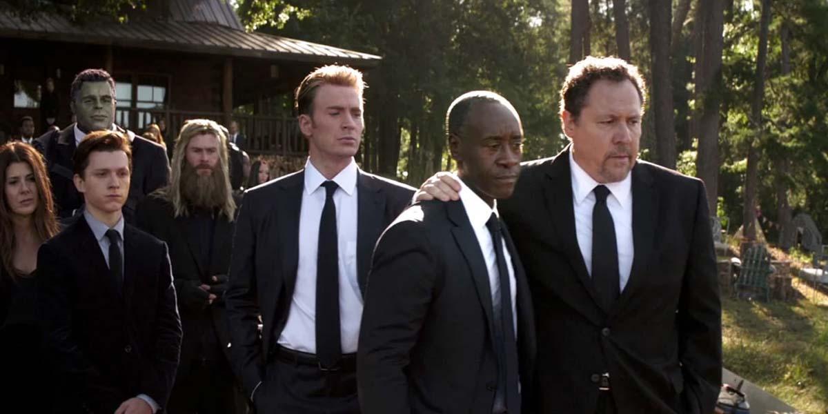 Стив Роджерс на похоронах Тони Старка в Мстителях Финал