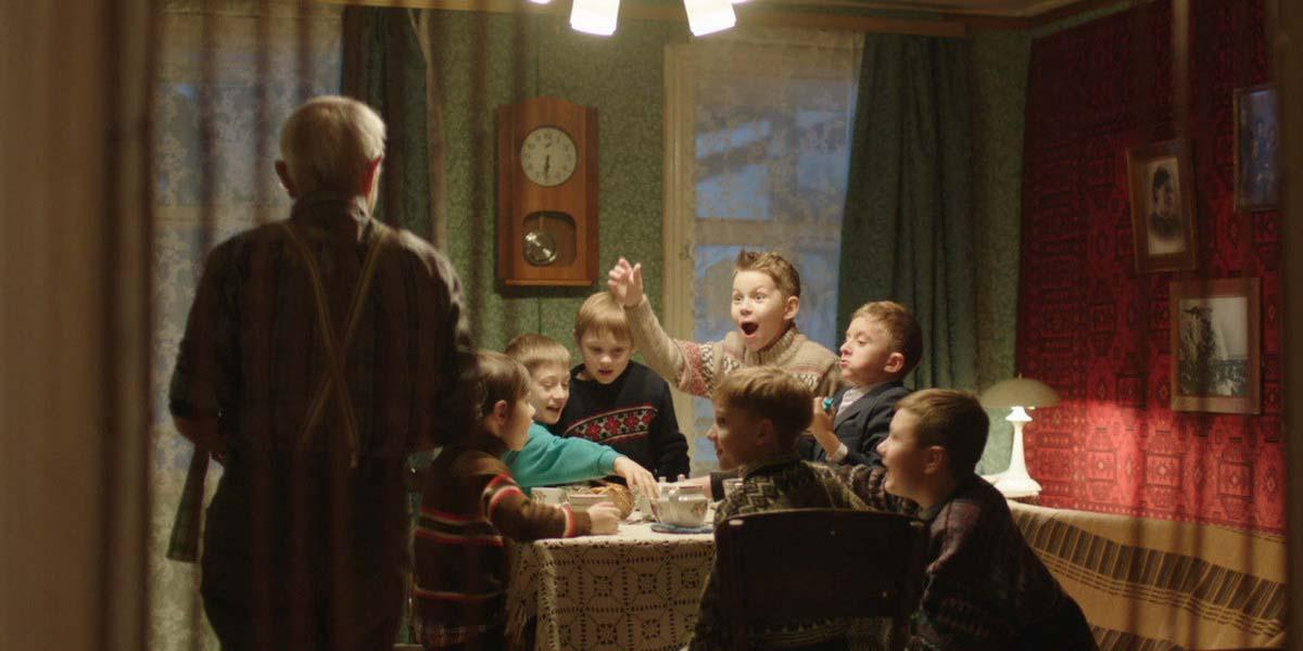 """Фильм """"Счастье в конверте"""" (2020) Постер"""