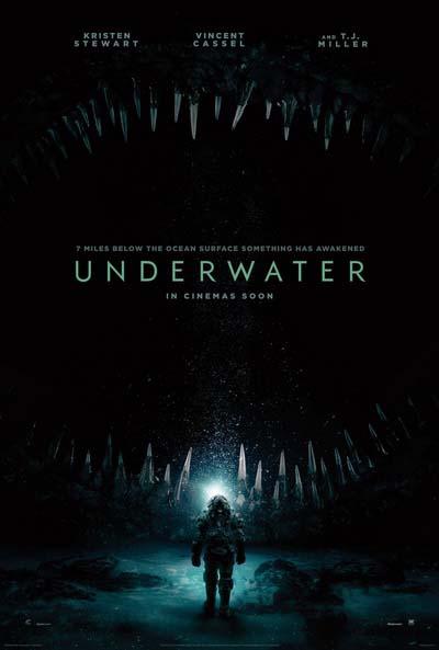 Под водой (2020) постер
