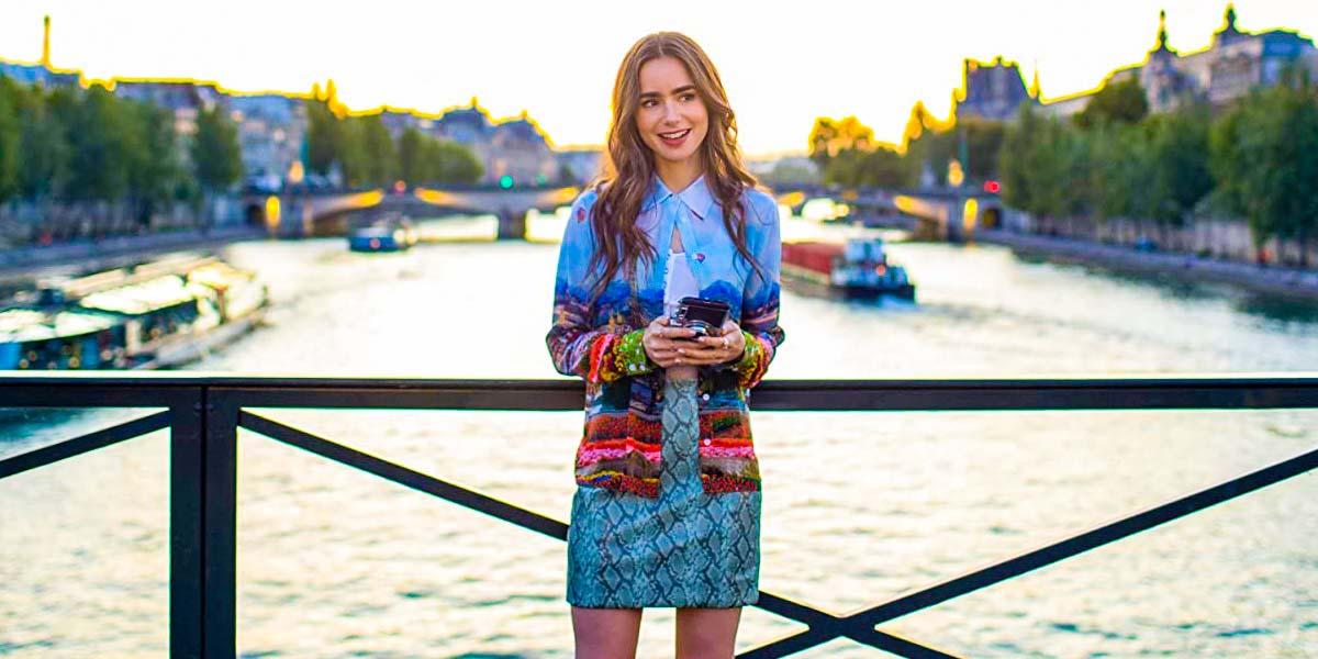 "Сериал ""Эмили в Париже"" (2020, 1-й сезон) Постер"