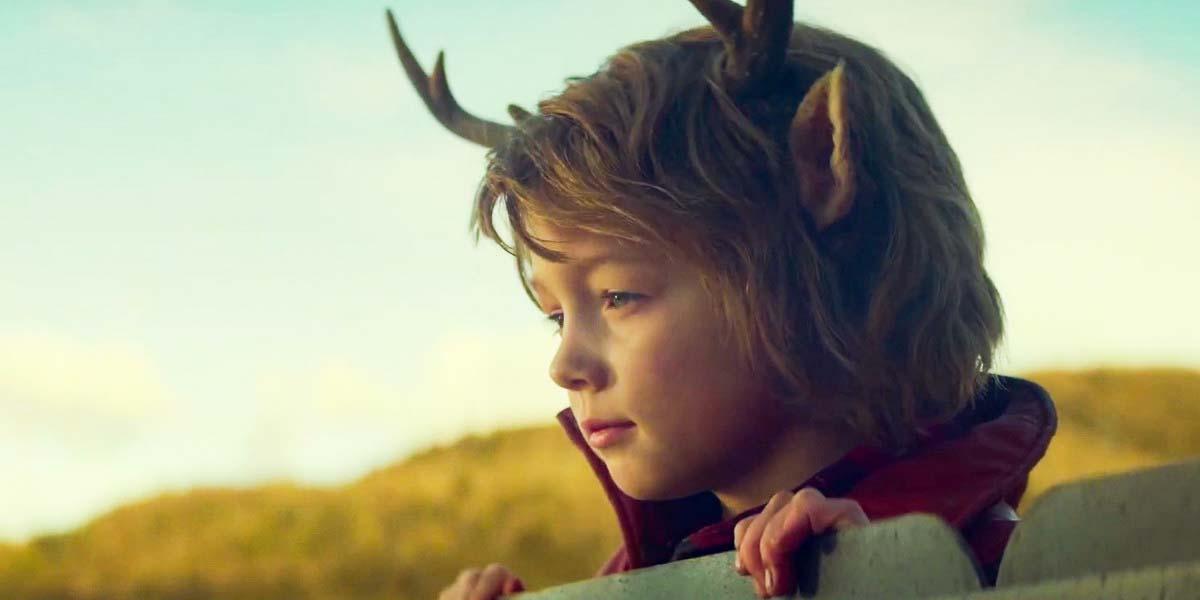 """Сериал """"Sweet Tooth: Мальчик с оленьими рогами"""" (2021, 1-й сезон) Постер"""